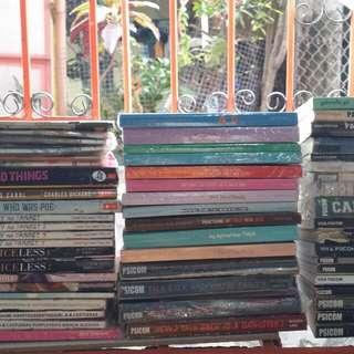 Bundled Preloved Random books