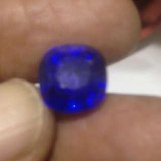 8.05ct unheated Seri Lanka vivid blue sapphire for Ring / Pendent