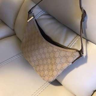 Gucci 手挽袋