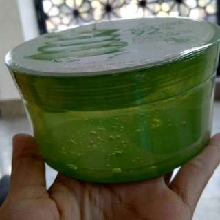 100% ORIGINAL KOREA DI JAMIN ALOE VERA 92% SMOOTHING GEL . READY STOCK LAGI GUYSS . Rp. 180.000