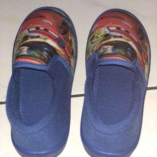 Sepatu disney pixar