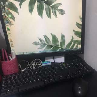 "Komputer / PC set Lenovo  19"" Wide LCD"