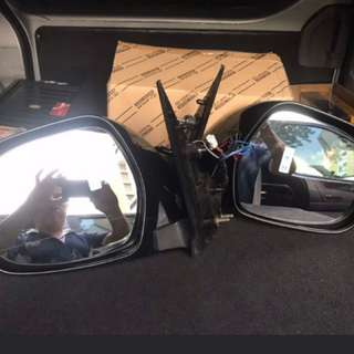 Hiace side mirror