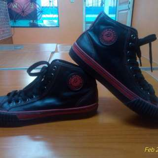 PF Flyers Center Hi Holiday 2010 leather black and red edition