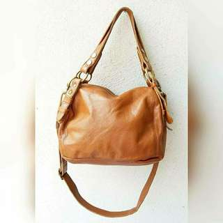 MABLE GENUINE LEATHER SLING BAG