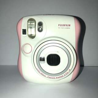 PRE-OWNED MINI 25 INSTAX CAMERA - PINK
