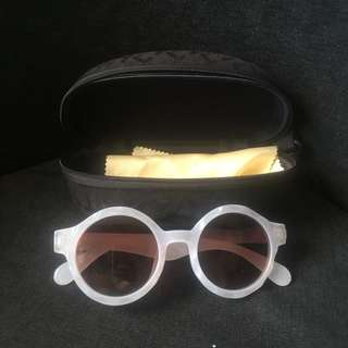 Sunglasses   kacamata
