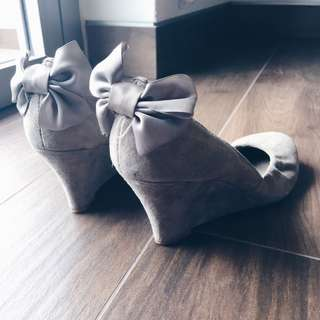 Lucille Satin Bow Suede Heels (Sarah Jessica Parker inspired)
