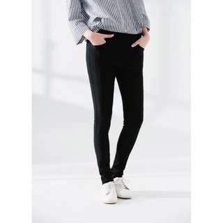 🚚 MOBO MIT纖腿3D彈力褲(刷毛款)