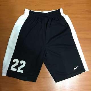燙字22號黑色nike球褲