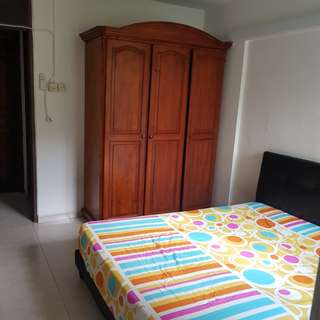 Blk 428 Clementi Ave 2 Master Bedroom for rent