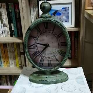 歐風造型時鐘(外框鐵製)