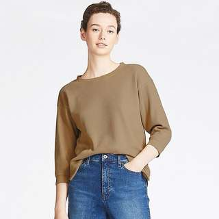 Uniqlo waffle crew neck 3/4 sleeve sweater top in brown