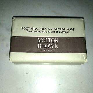 Molten Brown Soothing Milk & Oatmeal Soap 75g