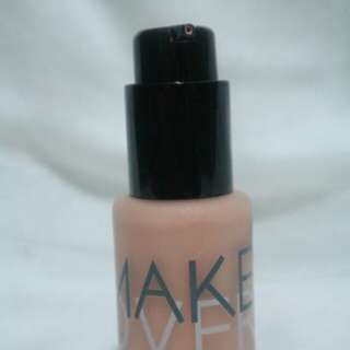 Make Over Ultara cover Liquid Matt Foundation