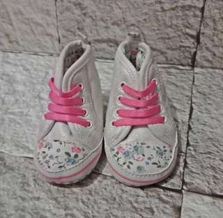 Sepatu Pre walker mother care