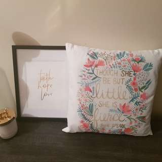 "Decor cushions ""She"""