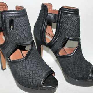 H&M Black Shoes High Heeled