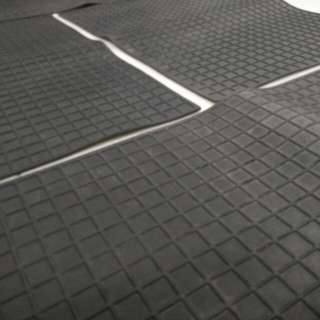 Rubber Car Mat (Black) - 1set