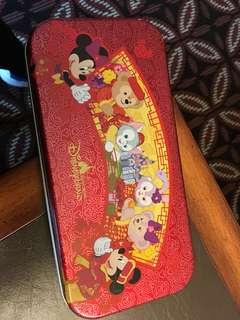 迪士尼探索家酒店新春特別版個人用品鐵盒