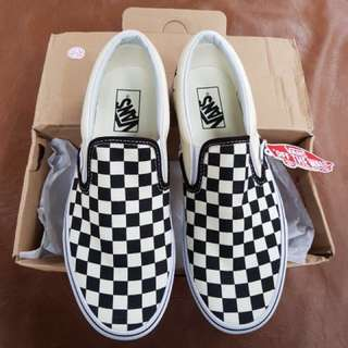 Vans slip on checkerboard size 8/40,5 26cm BNIB