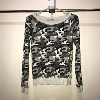 Camouflage Sweater in Black