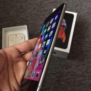 Apple iPhone 6S Plus 64GB Factory Unlocked Space Gray
