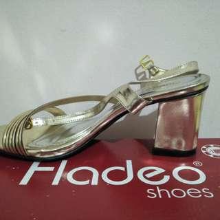 Fladeo Gold Sepatu Pesta