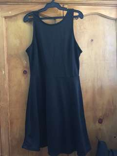 H&M BLACK MINI DRESS (SEXY BACK)