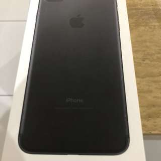 iPhone 7plus 128gb black matte