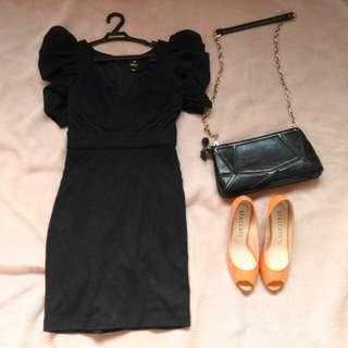 Only black elegant dress with mesh sleeves