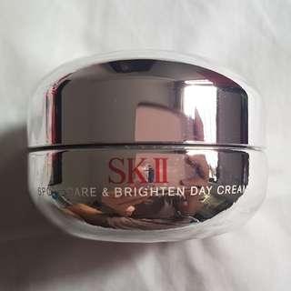50% off SK-II Whitening Spots Care & Brighten Day Cream 25 g
