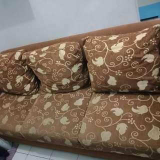 Sofa cantik