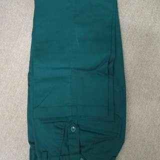 Seluar uniform hijau