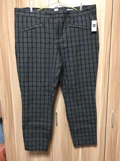 GAP skinny ankle checkered pants (size US18)
