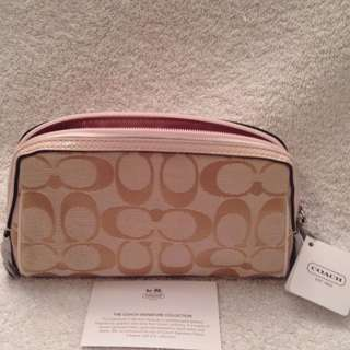 "Coach F46331 7""wide 4-1/2"" Tall Cosmetic Case New & AUTHENTIC (NO OFFERS, NO SWAPS)"