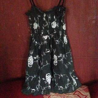 Black rose sleeveless