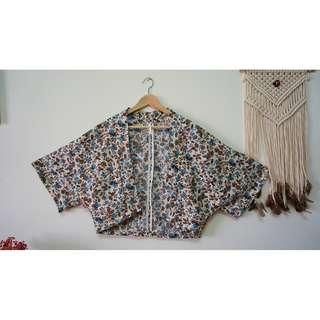 日本和服式花花罩衫