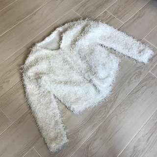 全新白色毛毛外套 caot