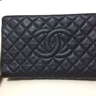 Chanel cluth