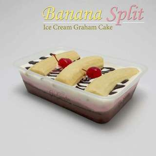 BANANA SPLIT ICE CREAM GRAHAM CAKE