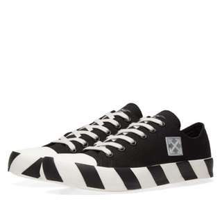 Off-White Stripe Low Sneaker