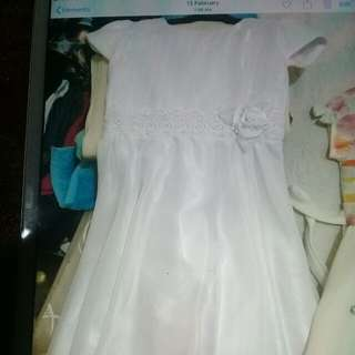 Communion dress all white for rent