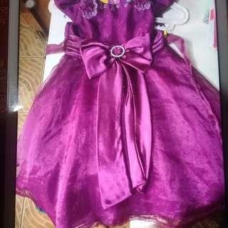 Dark purpel gown