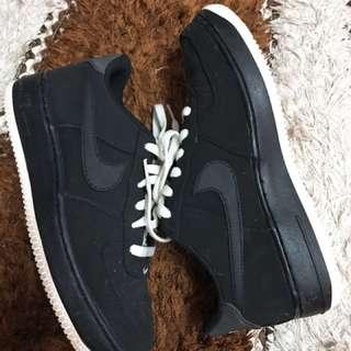 Nike Air Force Suede Black