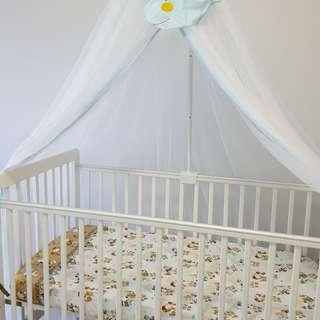 Baby Cot with mosquito nett