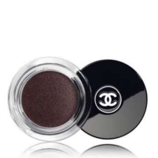 BNIB Chanel ILLUSION D'OMBRE VELVET LONG WEAR LUMINOUS MATTE EYESHADOW