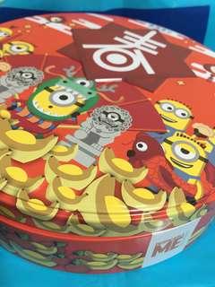 壞蛋獎門人 Minions 紅色圓形盒 吉盒 小黃人 收納盒 飾物盒  新年 特別版 SIZE : 21CM x 21CM x 5.50CM
