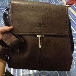 Pre love mens sling bag