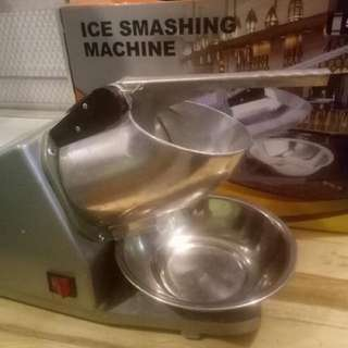 Ice Smashing machine